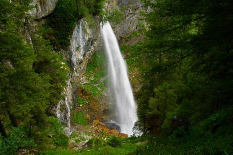 der nahe gelegene Johannes-Wasserfall
